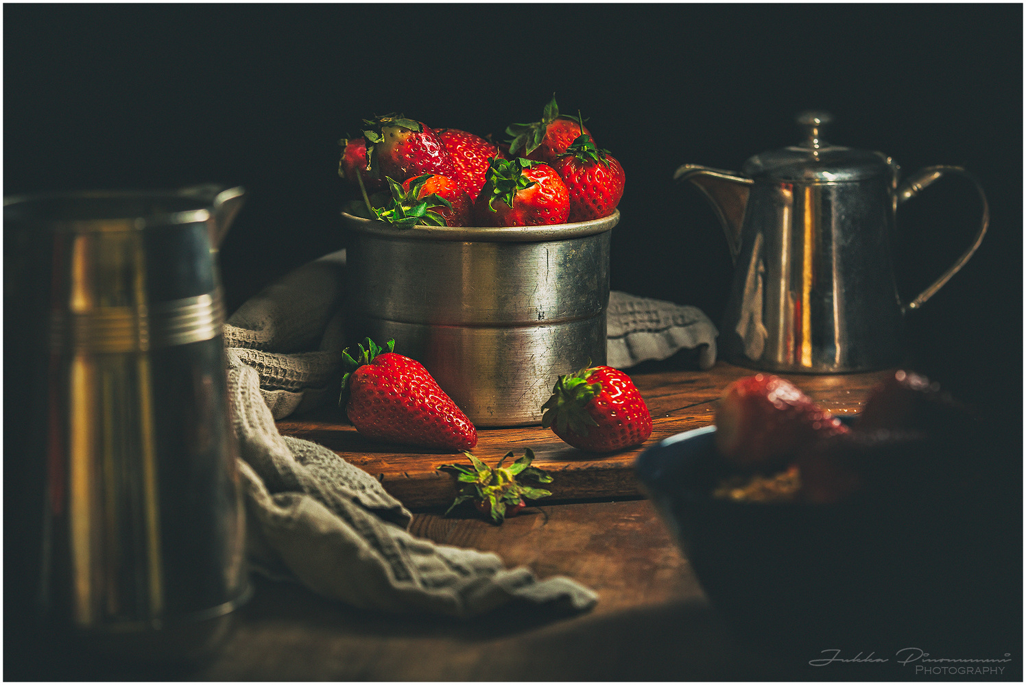 Strawberrys by Jukka Pinonummi