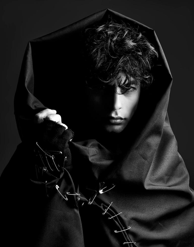 Darkness and Fashion by Mehdi Akbari