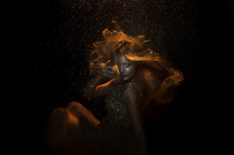 Liquid Gold by Anna Pyhäjärvi