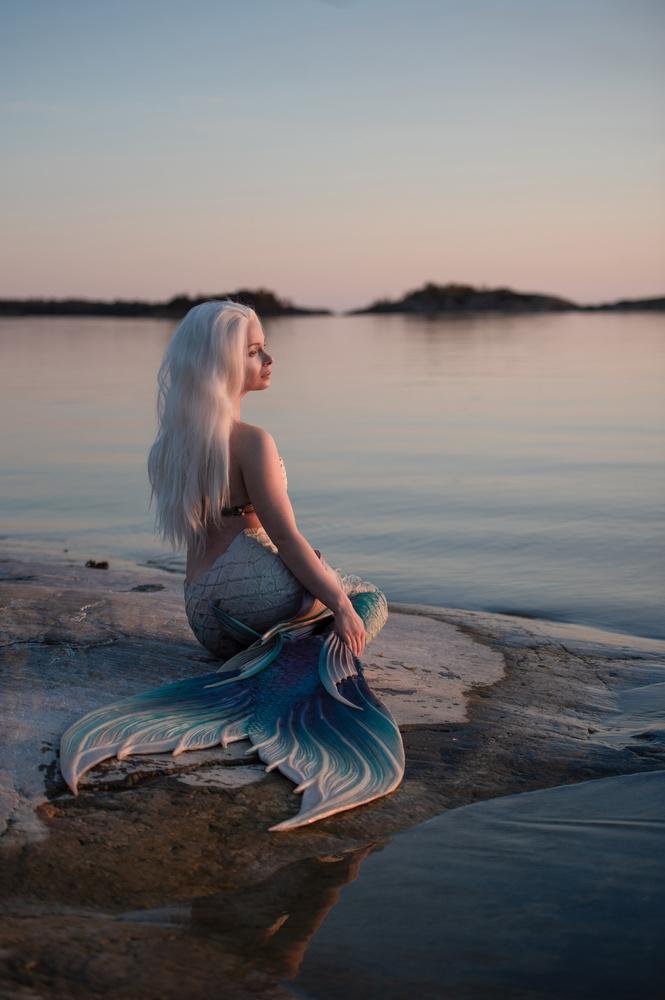 Summer evening mood by Anna Pyhäjärvi