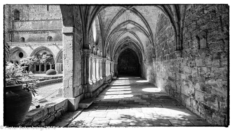 Abbaye de Fontfroide by Pieter Batenburg