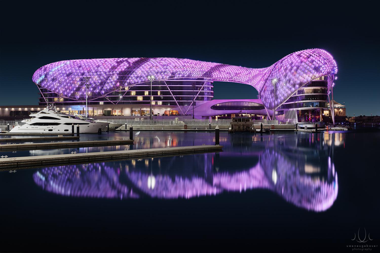 Mother Ship [Abu Dhabi, UAE] by Uwe Neugebauer