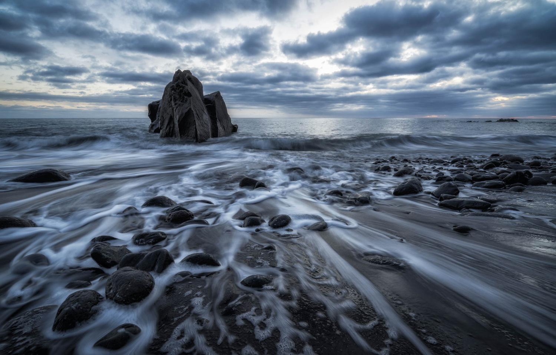 Mystique Sea. by Lukas Petereit