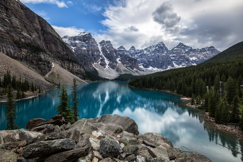 Moraine Lake. by Lukas Petereit