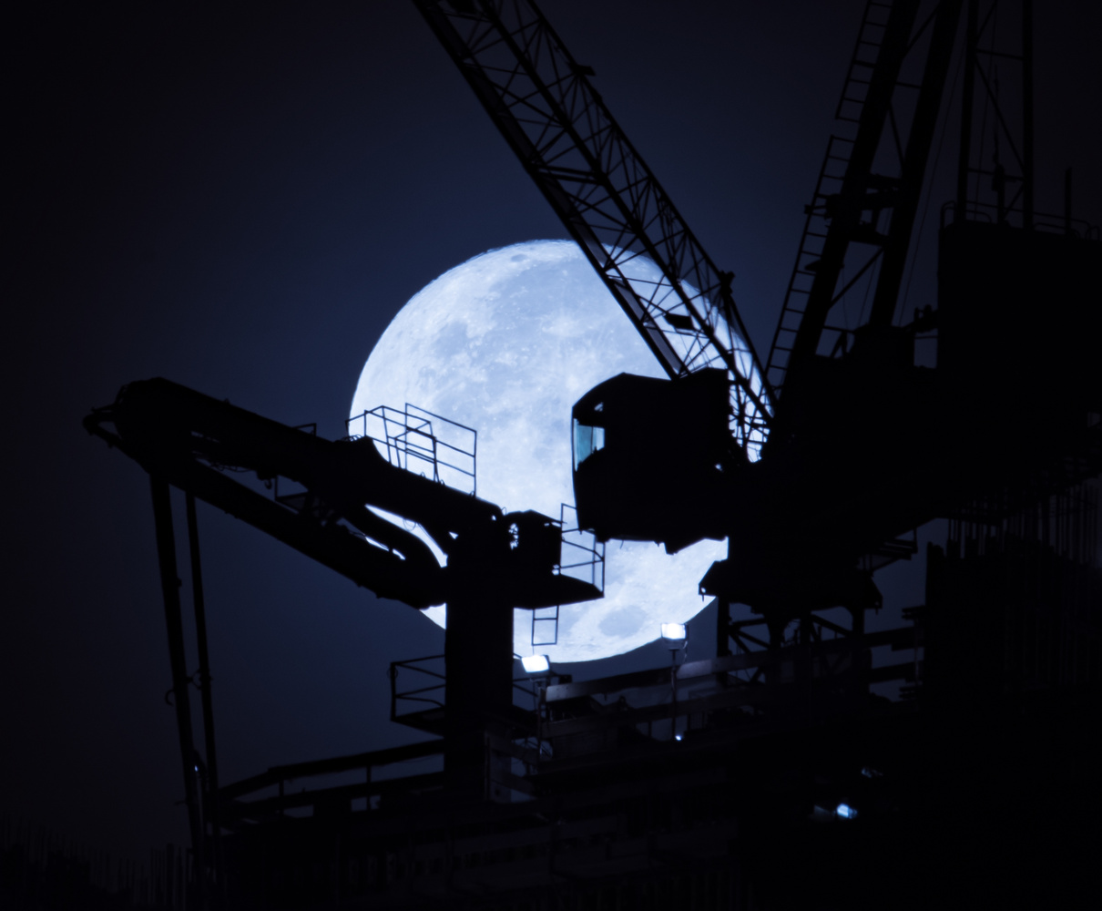 Let's construct the supermoon? by Chait S
