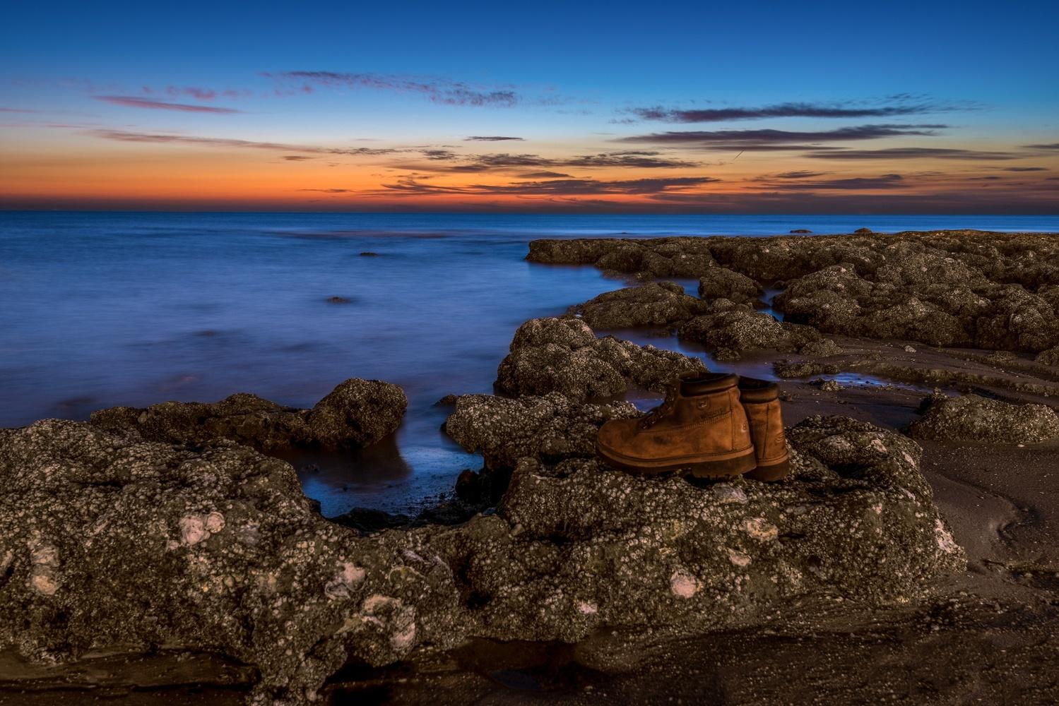 Lost at sea  by Muhammad Al-Qatam