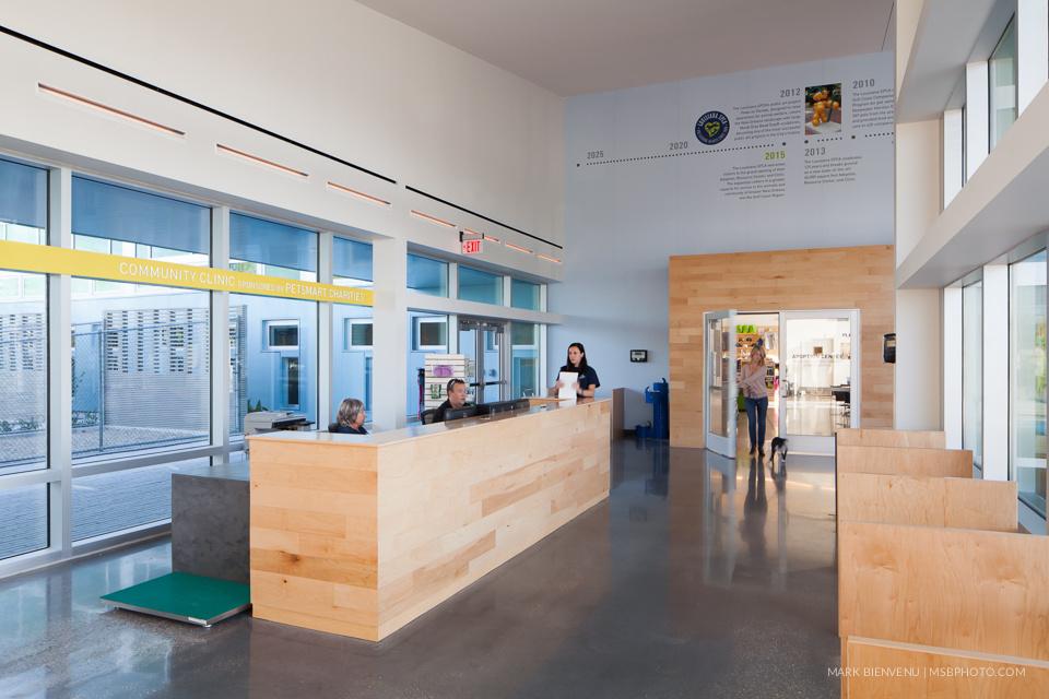 Commercial Interior by Mark Bienvenu