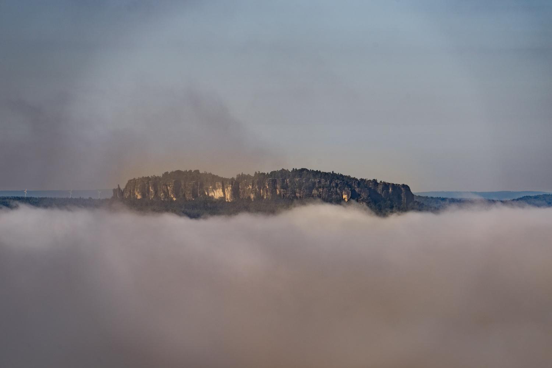 Foggy Valley by Sascha Pihan