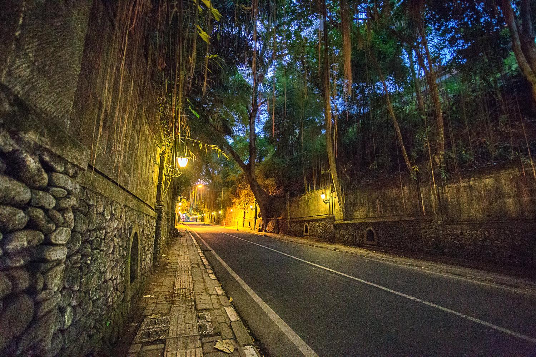 First light Jalan Raya Ubud by Scott Jarman
