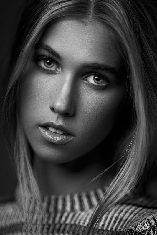 Katie by Michael Woloszynowicz