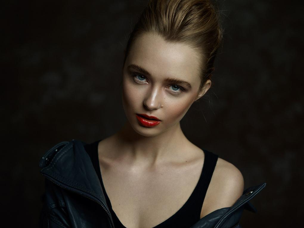 Caitlyn by Michael Woloszynowicz