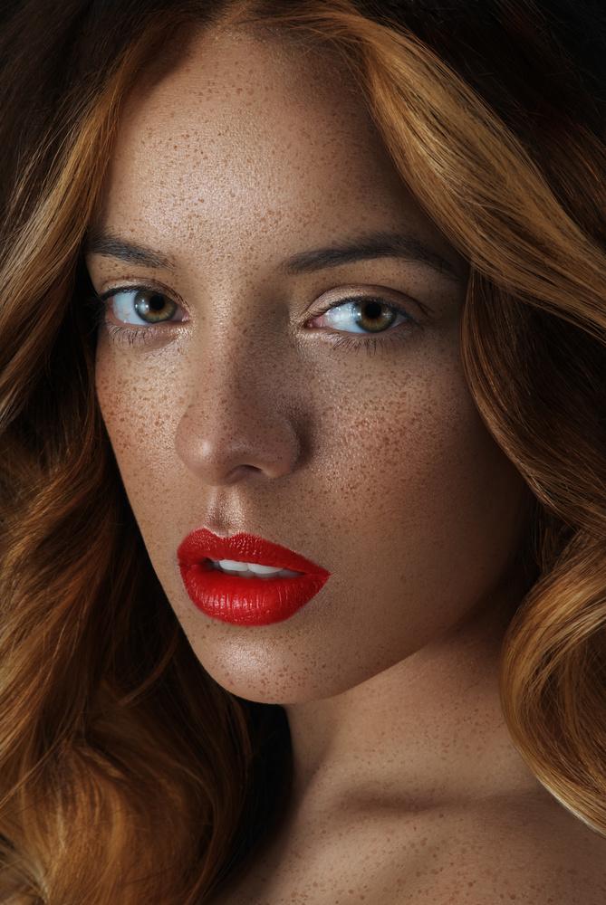 Beauty Headshot by ISA AYDIN