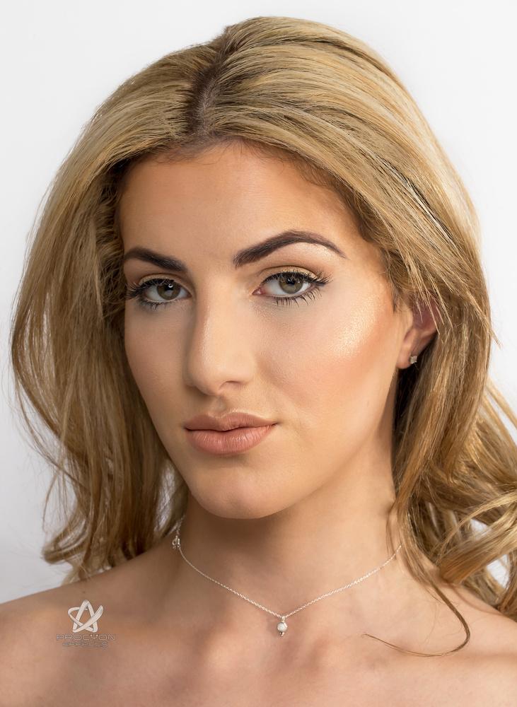 Sofia Shamimi Beauty Shoot by Paul Licorish