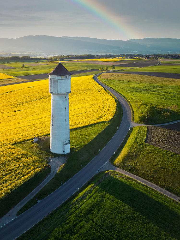 Countryside lighthouse by Lionel Fellay