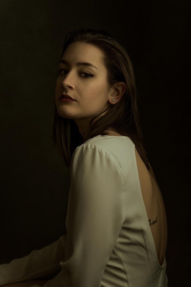 Portrait of Molly II by Elisha Knight