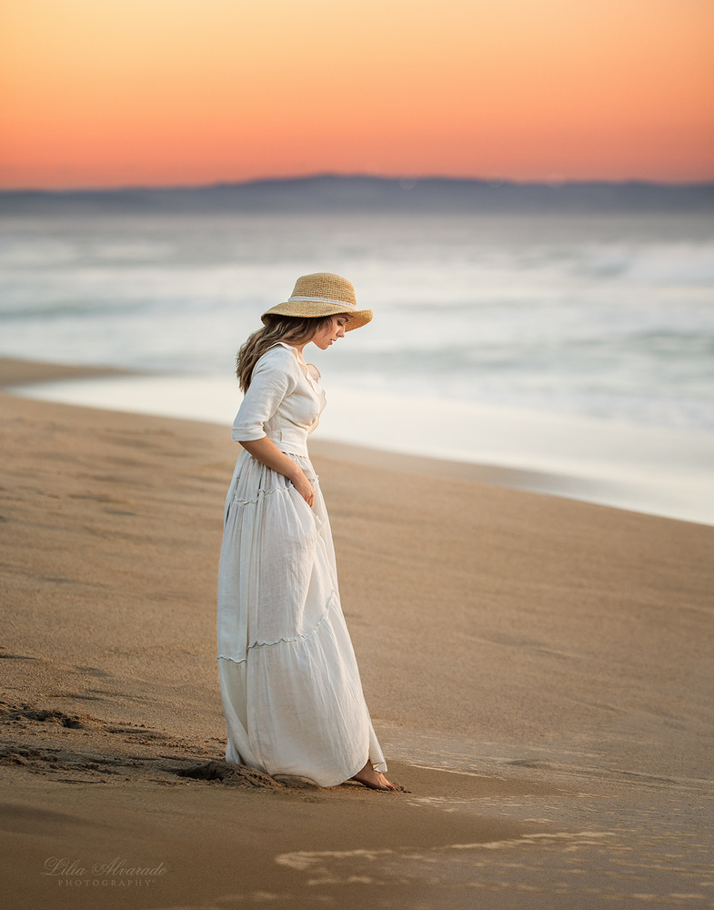 Let your skin feel the cold of the ground, let the breeze shower your face... by Lilia Alvarado