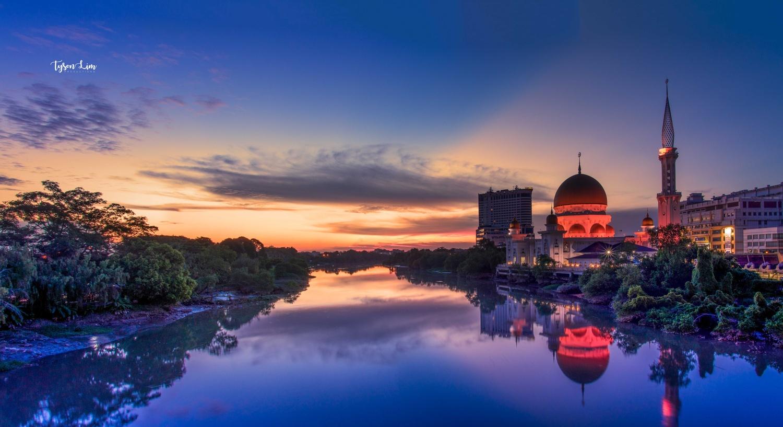 Sunset @ Klang, Malaysia by Tyson Lim