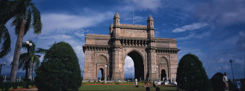 Gateway of India by Chou Chiang