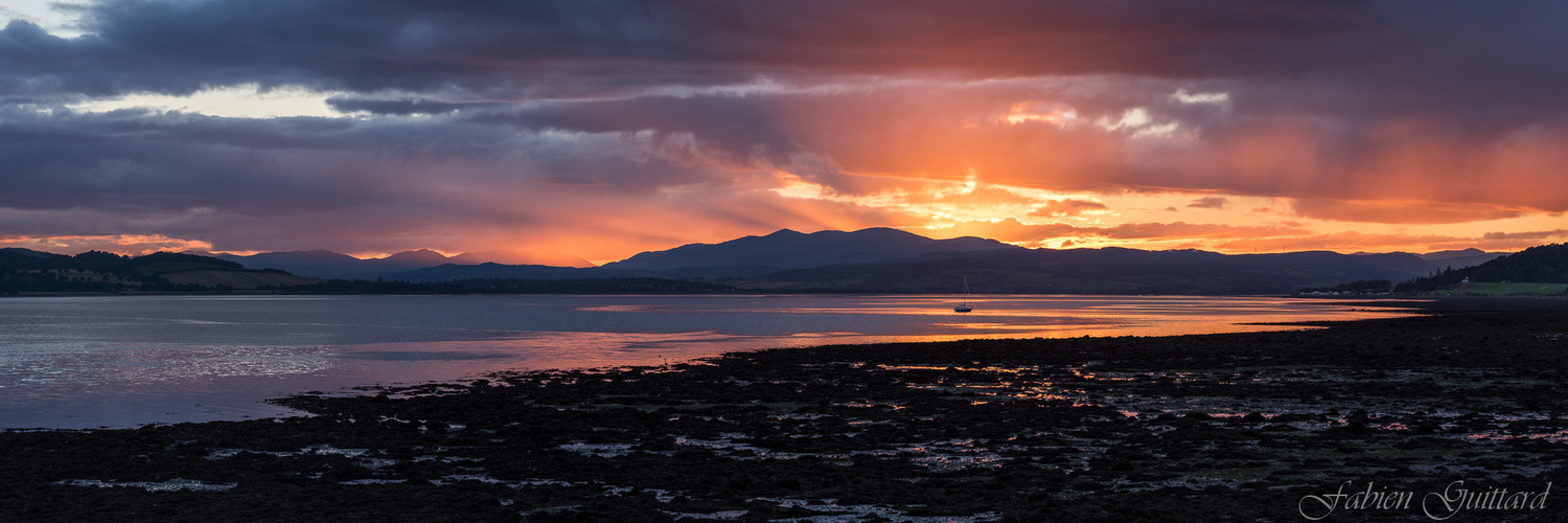 Sunset on Beauly Firth, Scottish Highlands, panorama by Fabien Guittard