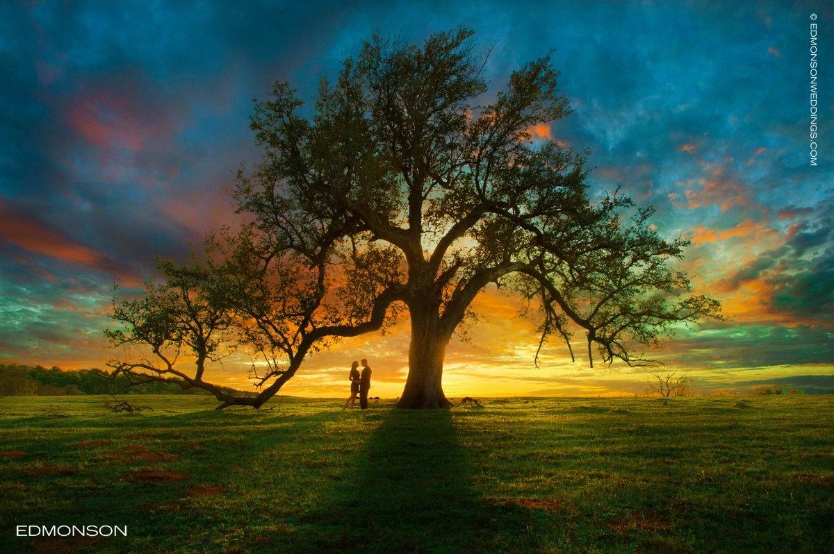 Sunset Engagement Photo by Luke Edmonson