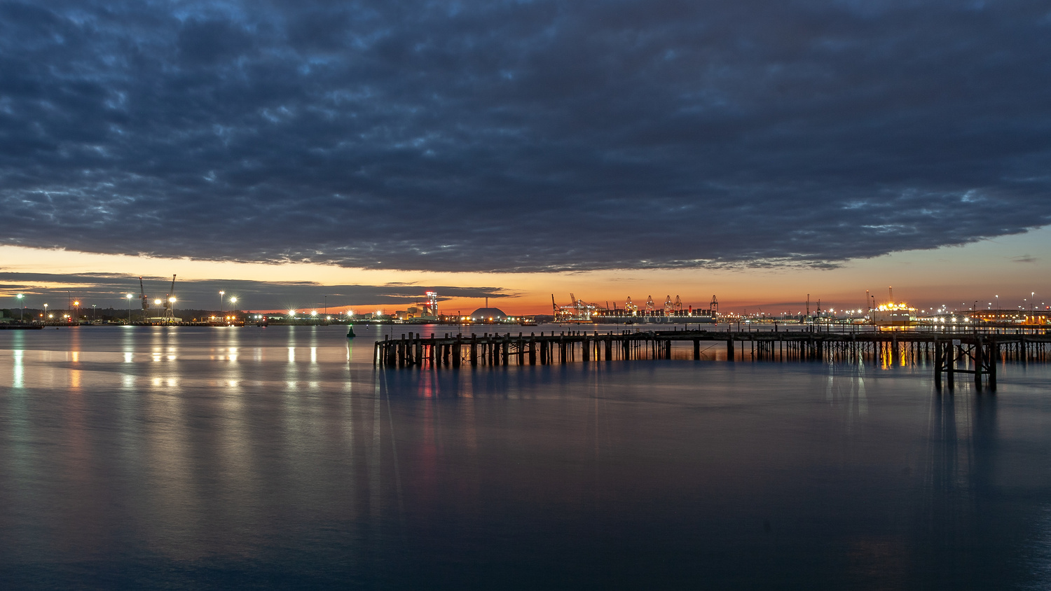 Sunset in the port of Southampton by Dorian Drozdowski