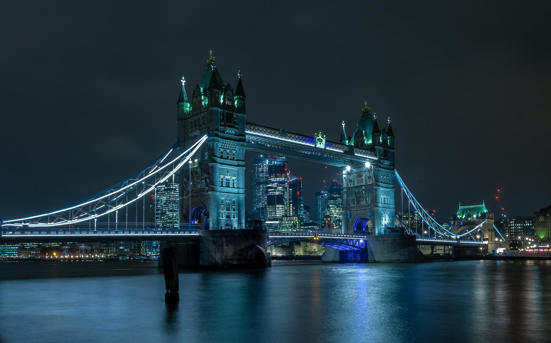 Tower Bridge by Dorian Drozdowski