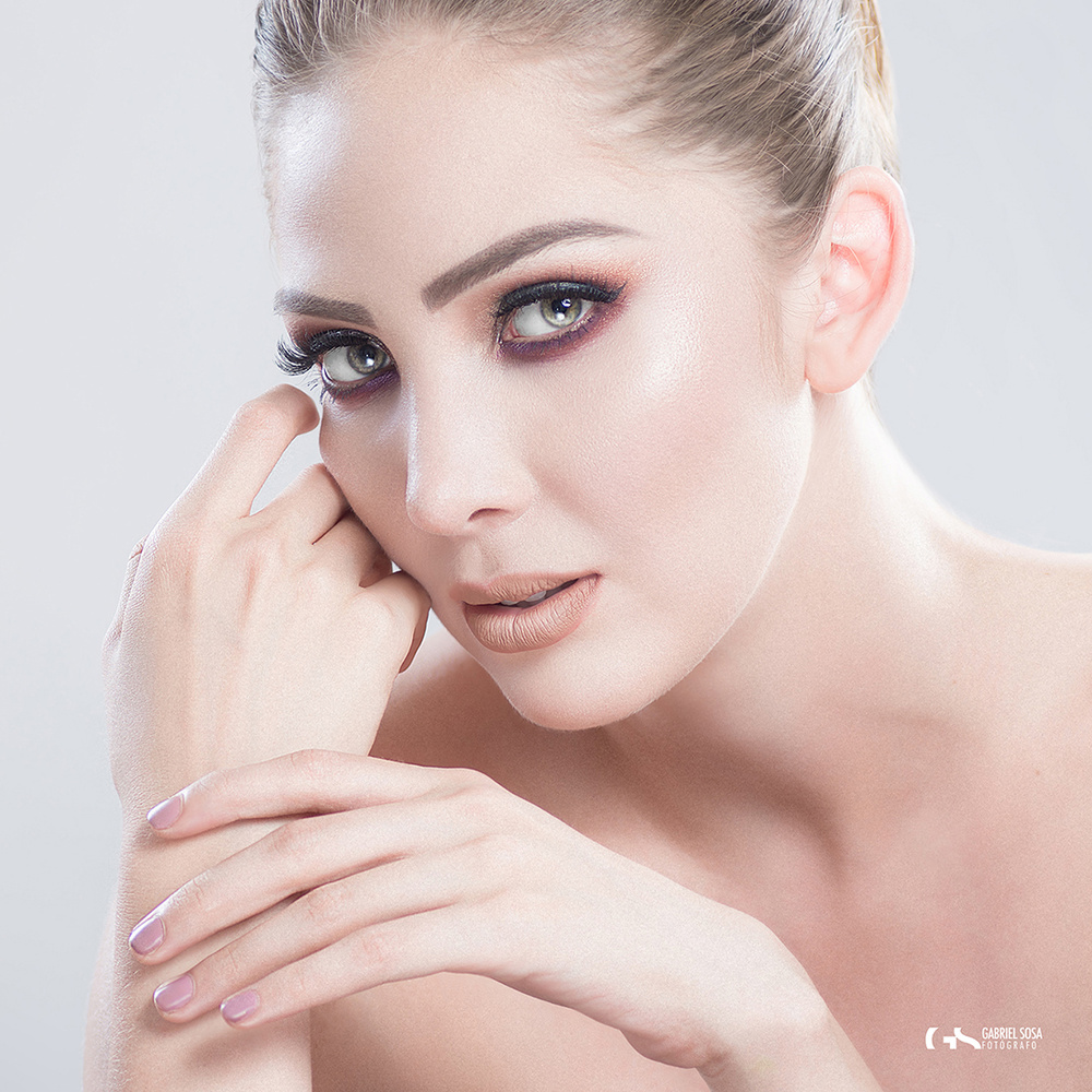 Andrea / Beauty sessions by Gabriel Sosa