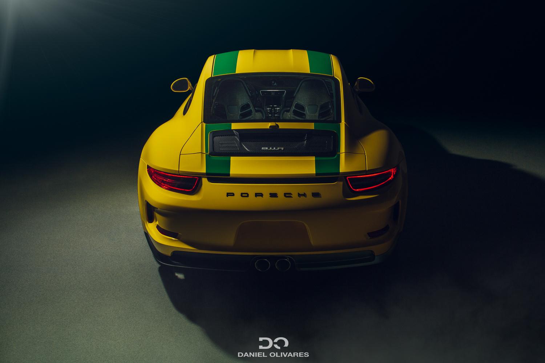 Porsche 911R by Daniel Olivares