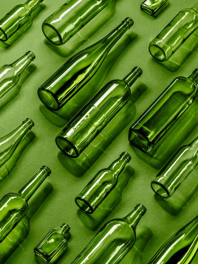 green glass by Moritz Ullrich