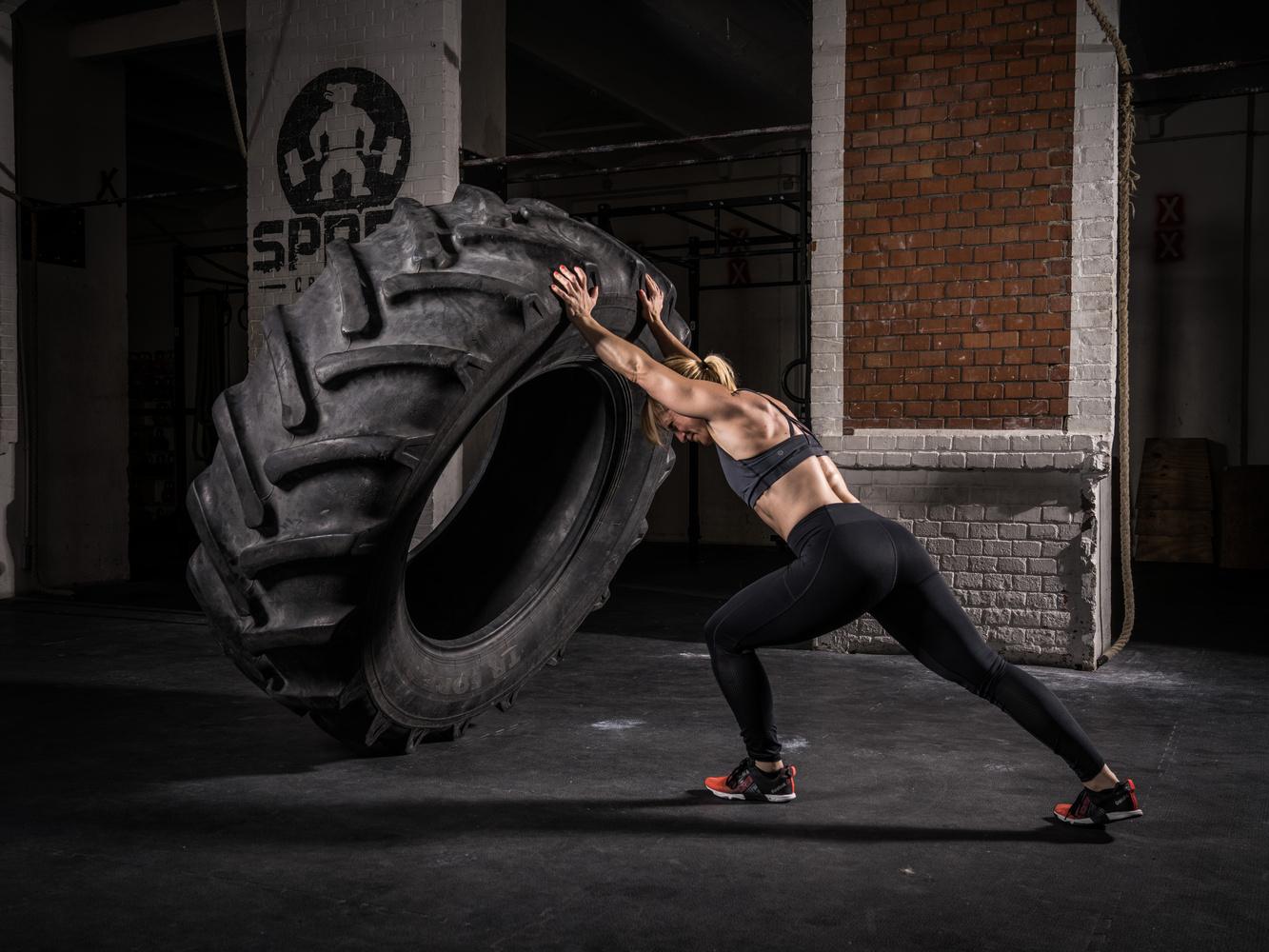 Tire Flip by Moritz Ullrich