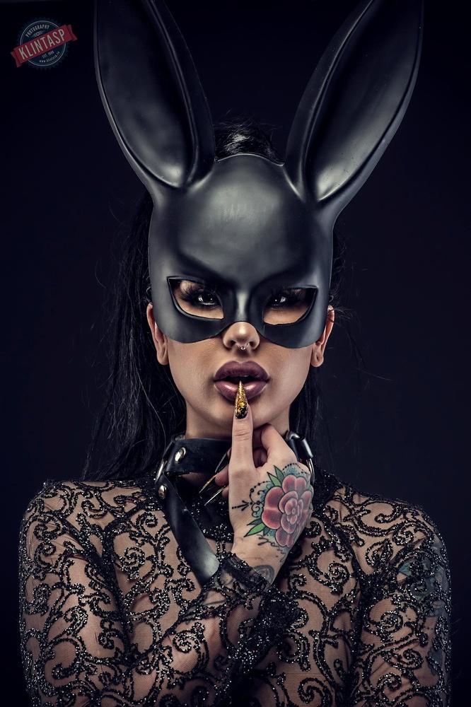 Bunny girl by Tony Klintasp