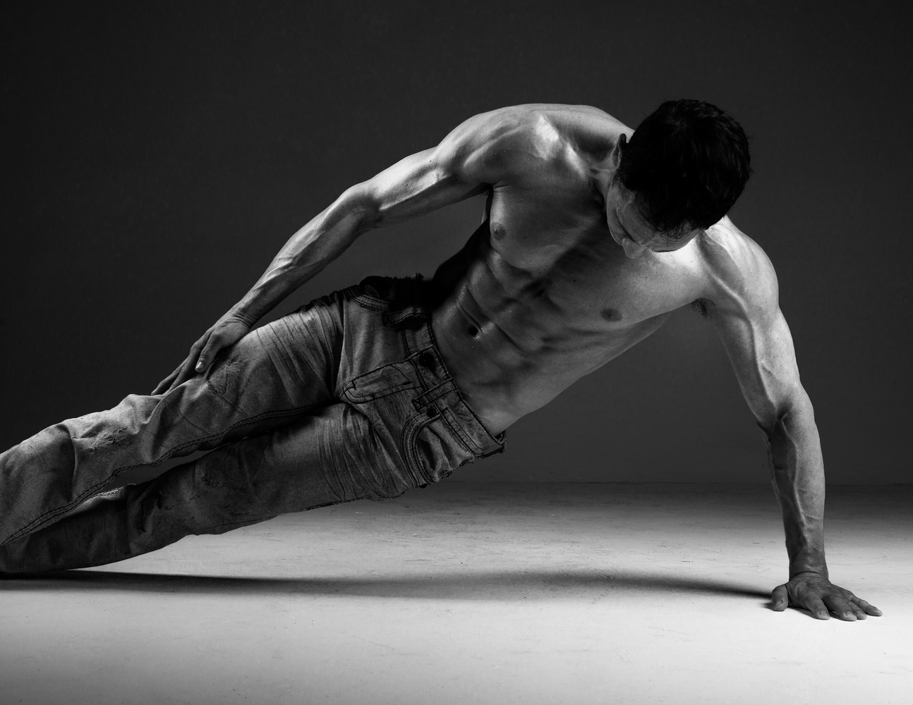 Male Physique by Robert Rainbow