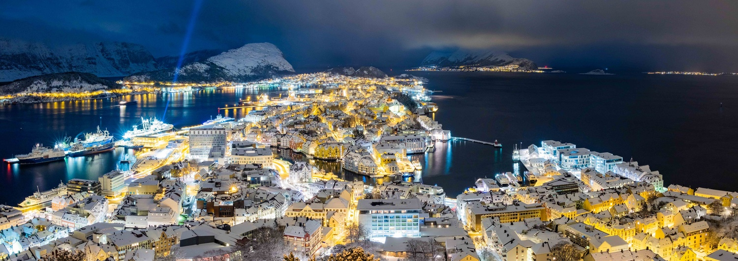 Aalesund a winter night by Christopher Hollingsether