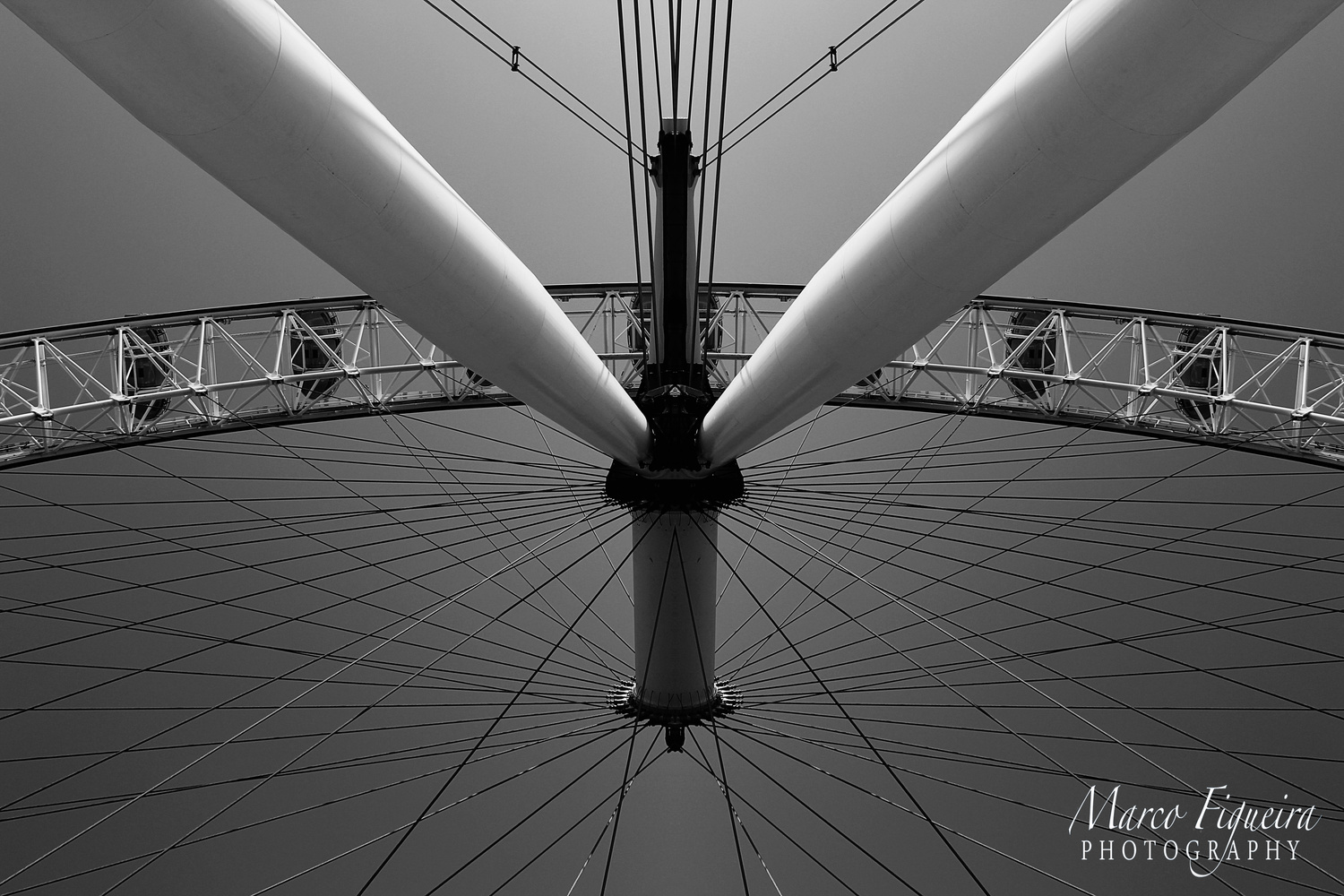 london eye by marco figueira