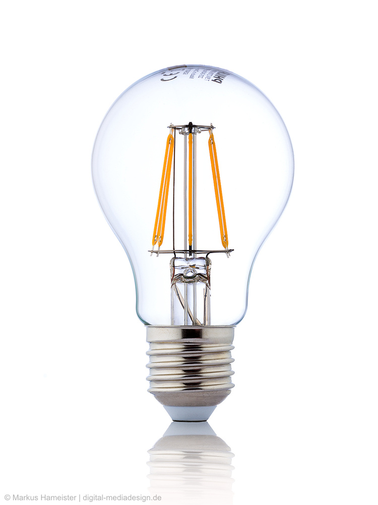 Philips LED Bulb Glühbirne by Markus Hameister