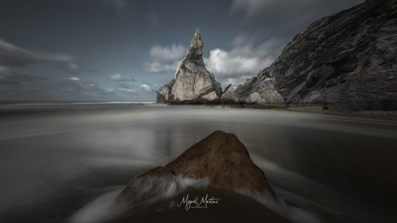 Praia da Ursa by Miguel Martins