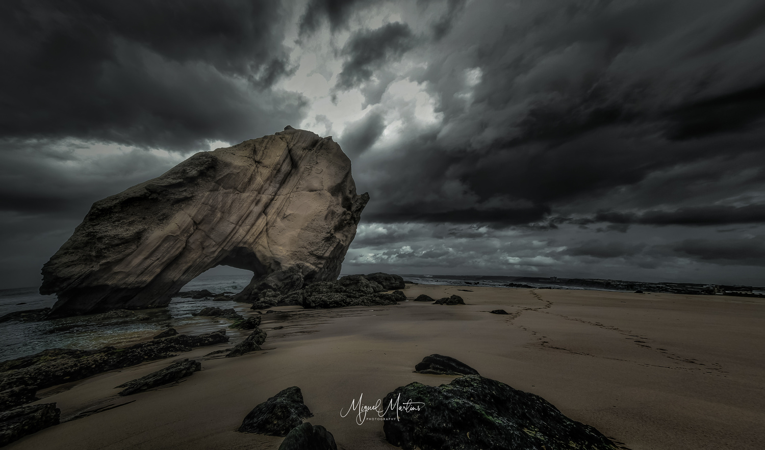 Guincho by Miguel Martins