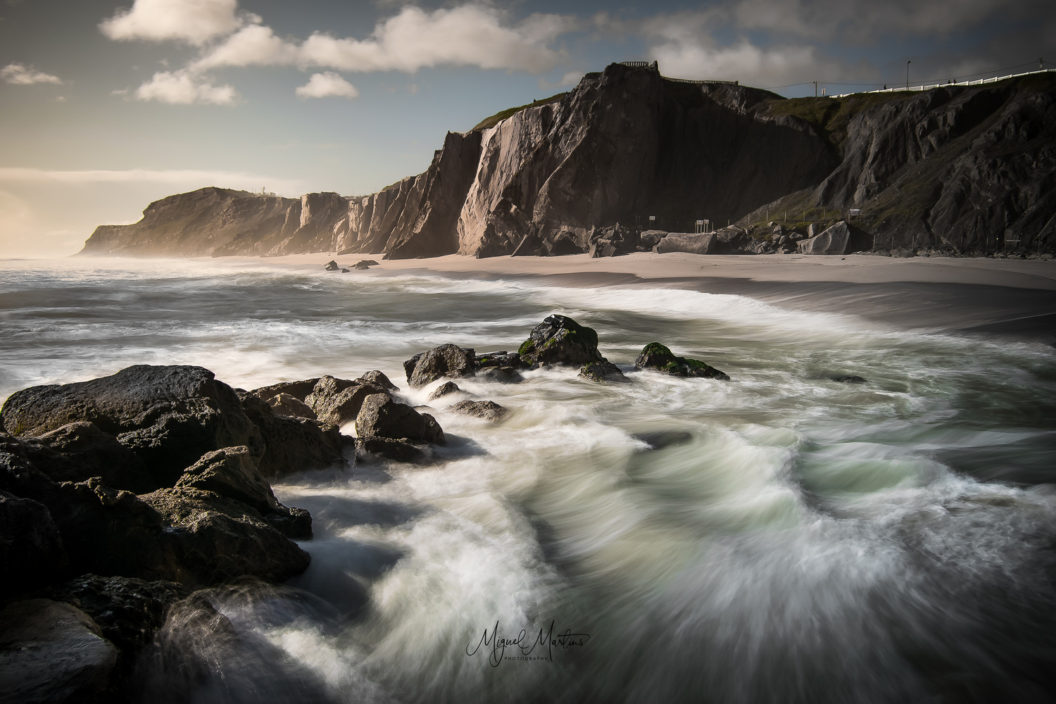 Outcrop by Miguel Martins