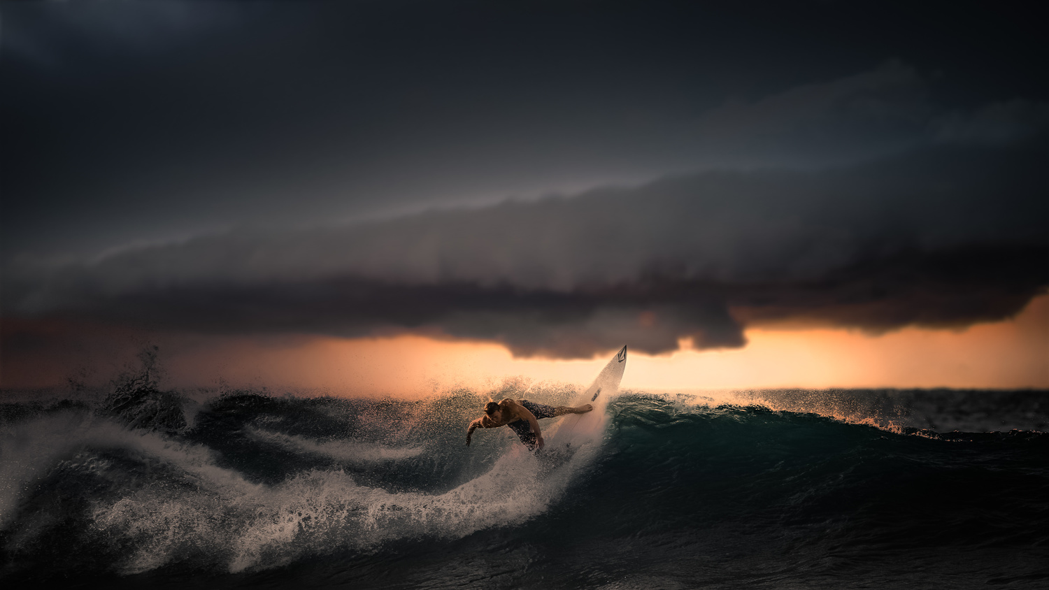 Surfing by Miguel Martins