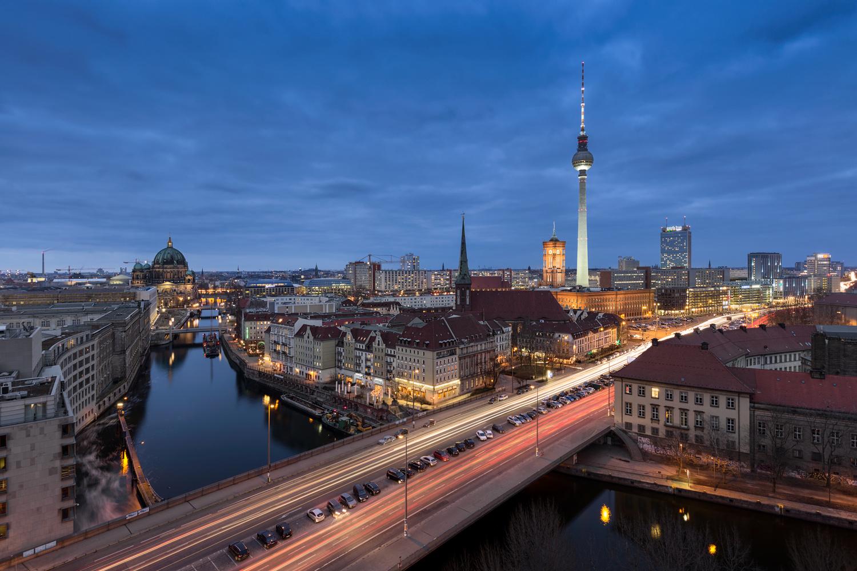 The 15th Floor by Alexander Meier