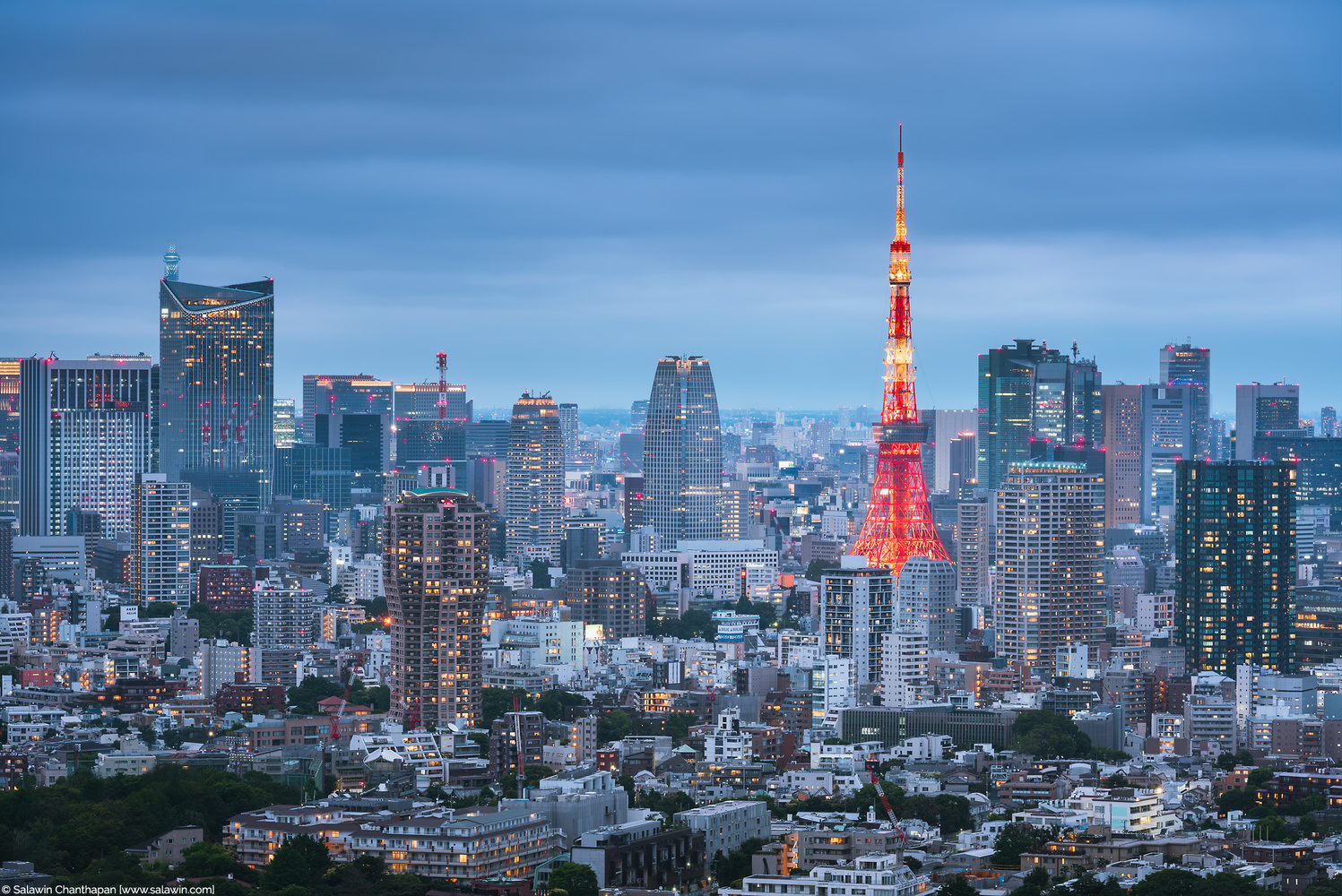 Tokyo Tower and Urban Skyline at dusk by Salawin Chanthapan
