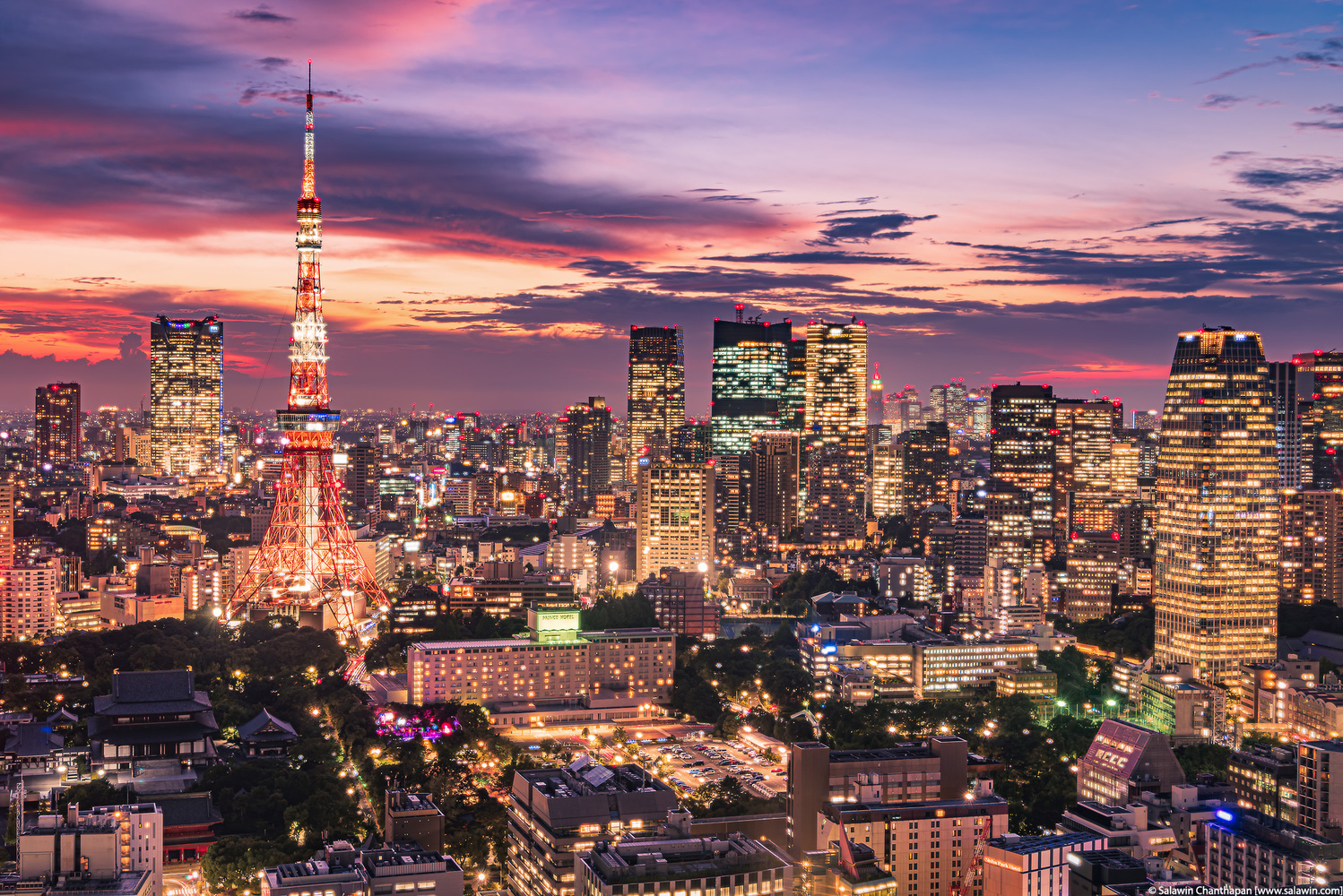 Tokyo Tower with dramatic sunset sky by Salawin Chanthapan