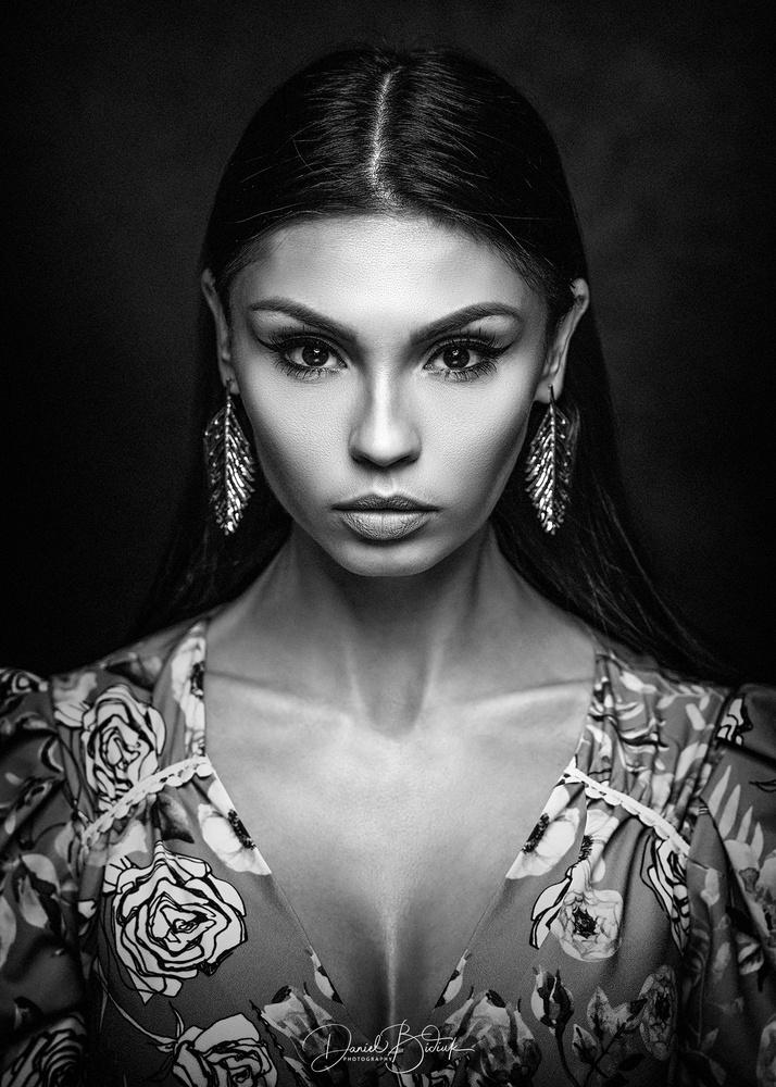 Aleksandra by Daniel Bidiuk