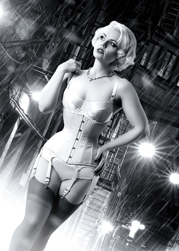 Sin City Pin Up by Dominic Deacon