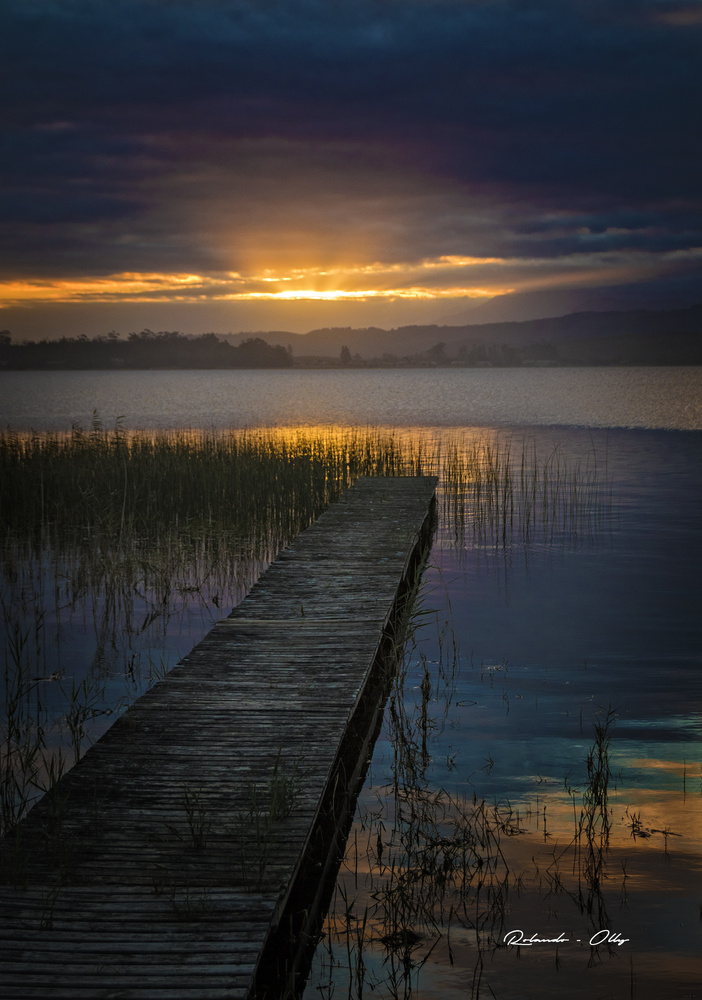 A lake sunset by rolando olly
