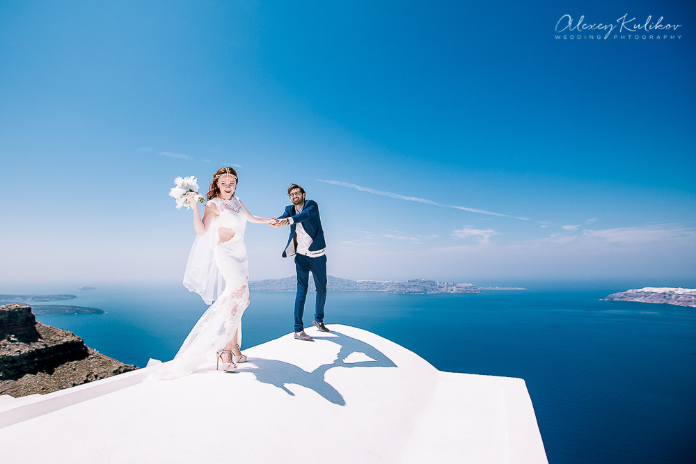 Santorini Wedding Photographer by Alexey Kulikov