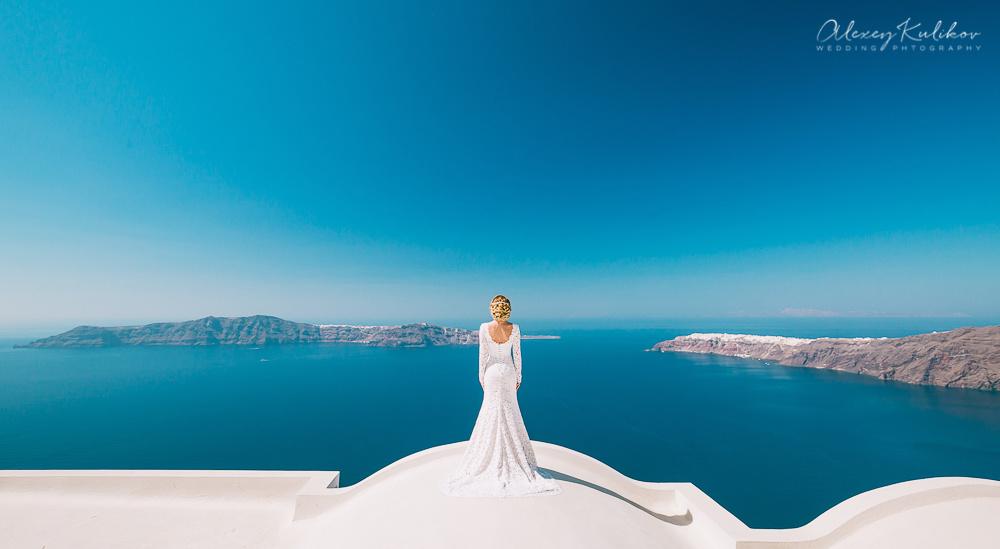Santorini Wedding Photographer by Alexey Kulikov