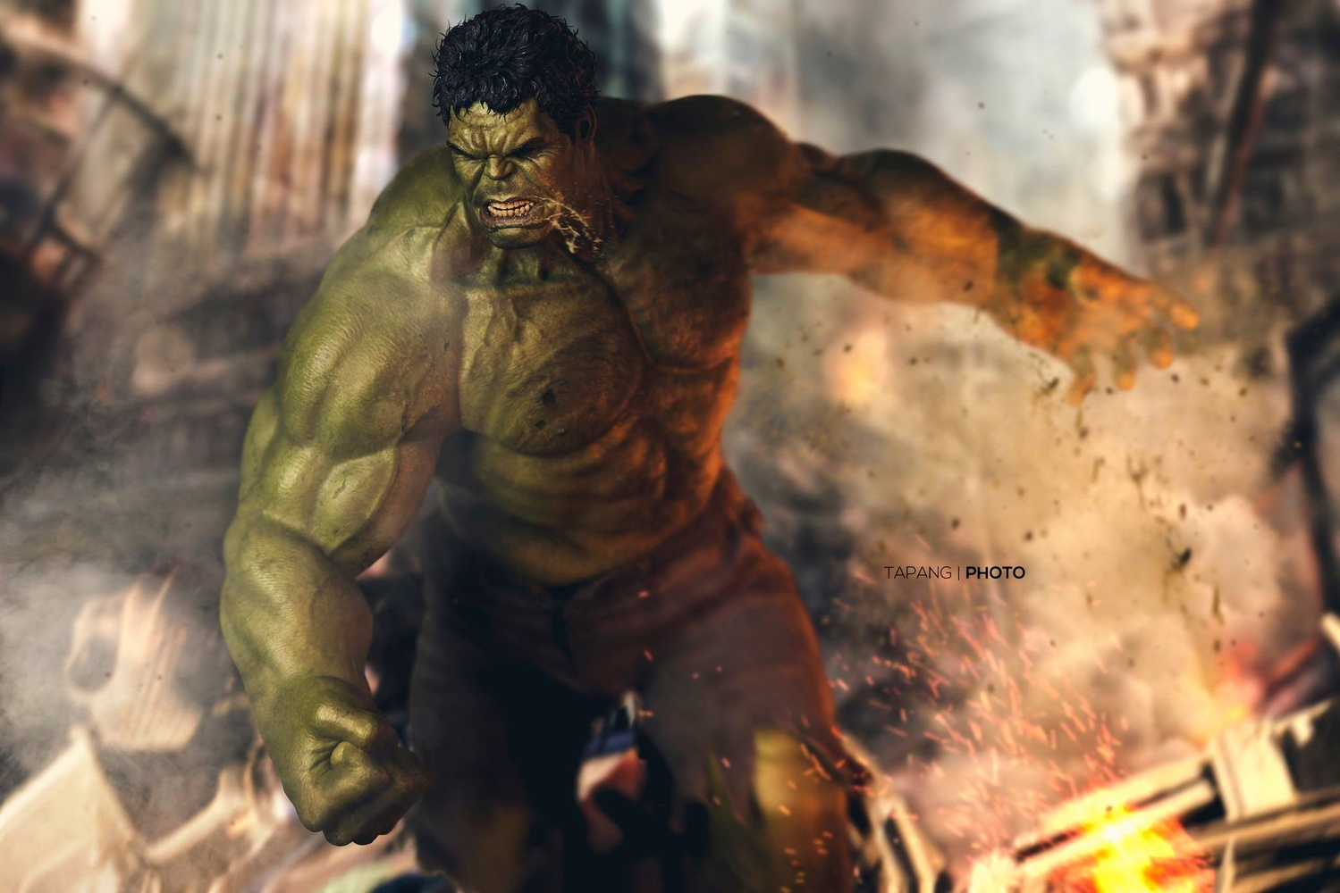 Hulk Smash by Pete Tapang