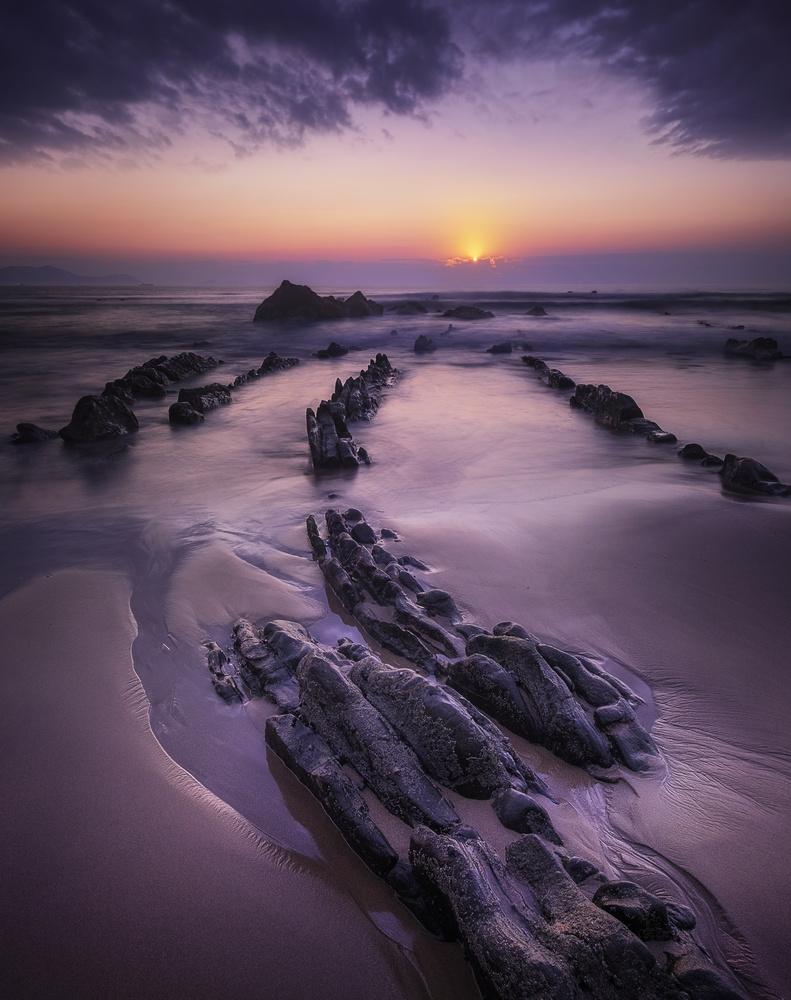 Buried Dragon Tail by Aritz Atela