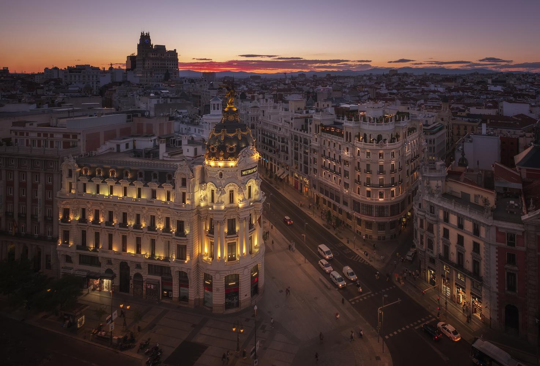 Summer evening in Madrid by Aritz Atela